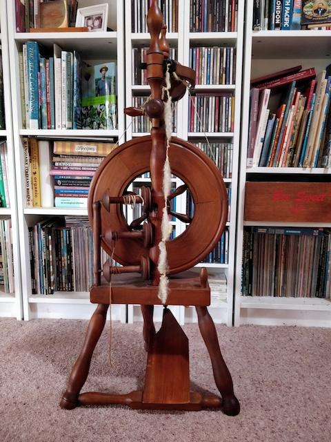 Castle spinning wheel