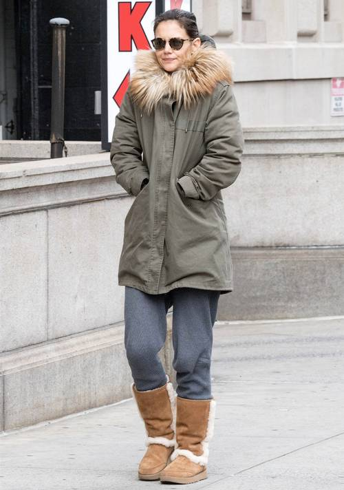 Katie Holmes in ugg boots