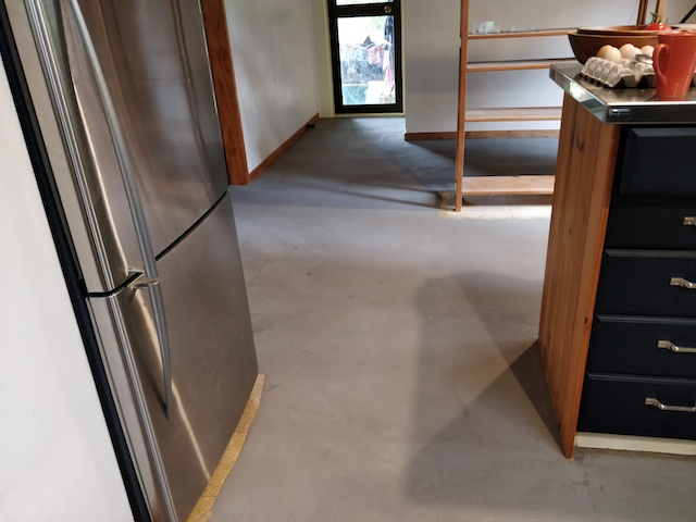 Kitchen floor with compound